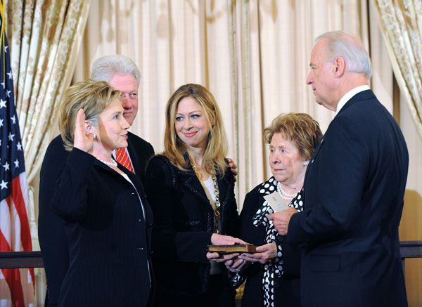 Secy_of_State_Hillary_Clinton_Swearing_In