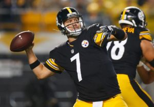 PITTSBURGH, PA – OCTOBER 02: Ben Roethlisberger #7 of the Pittsburgh Steelers drops back to pass in the first half during the game against the Kansas City Chiefs at Heinz Field on October 2, 2016 in Pittsburgh, Pennsylvania. (Photo by Justin K. Aller/Getty Images)