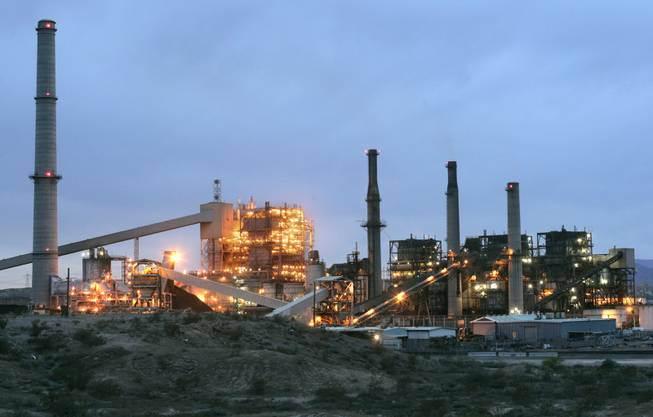 Reid Gardner coal-fired power plant. (Photo from Sun)