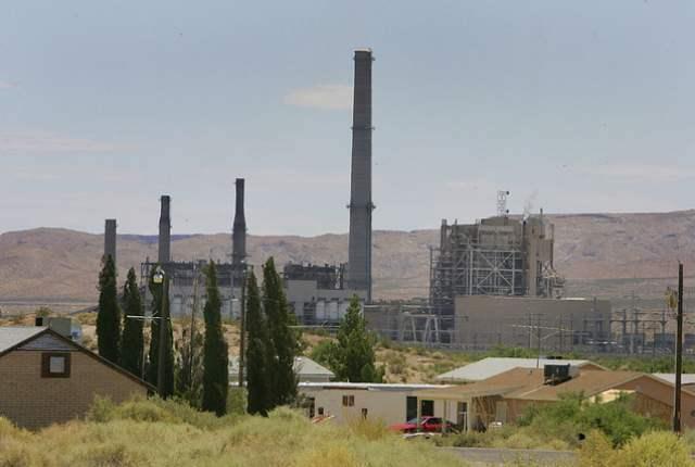 Reid Gardner power plant. (Photo by Gary Thompson, LVRJ)