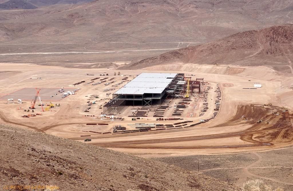 The full picture of Tesla Gigafactory at the heart of Sparks, Nevada.