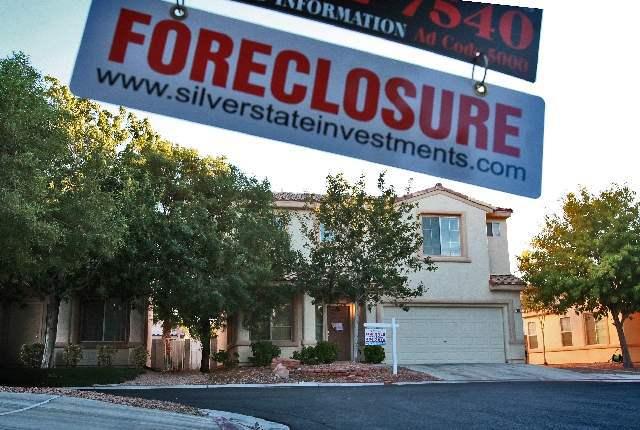 A foreclosure sign in Las Vegas. (Source: Las Vegas Review-Journal)